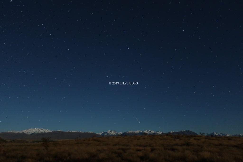 奇跡的に撮れた流れ星の写真