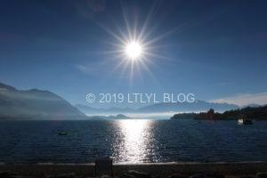 Wanakaの湖と太陽