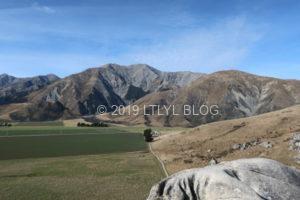 キャッスルヒルの石灰岩のてっぺんから撮った風景