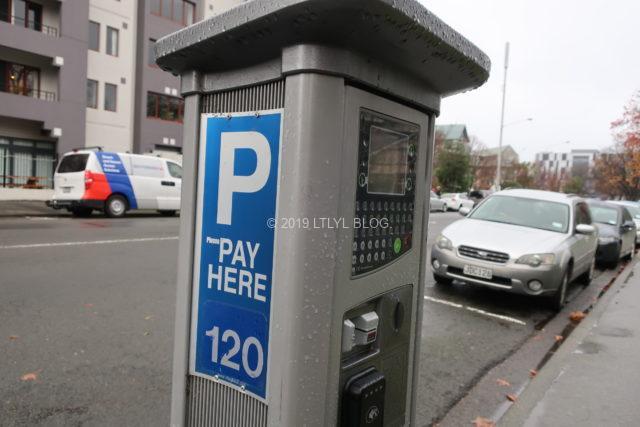 NZの駐車券発券機