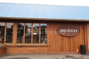 Beach barの外観