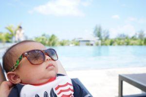 赤ちゃんサングラス