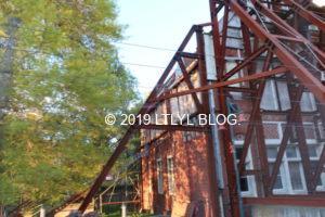 再建中の建物