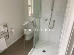 Airbnbで借りた家のバスルーム